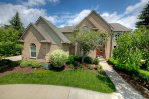 Home for Sale in Rolling Oaks Sub